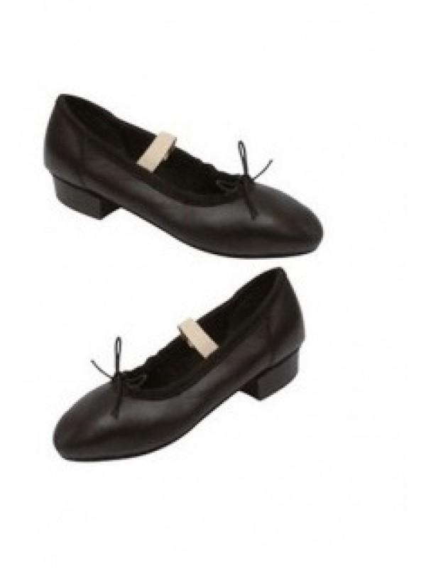 sports shoes 2b3e4 db0ae Scarpa da carattere pelle triunfo